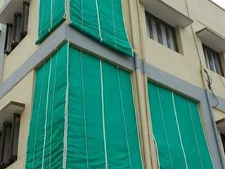 Bamboo Curtains/Blinds for Balcony & Windows, which protects from Rain & Direct Sunlight: modern  by City Trend,Modern