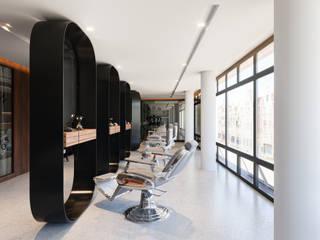 Studio in stile mediterraneo di Diamante Arquitectura Mediterraneo