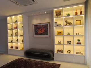 Casa para um jovem casal FERNANDA SALLES ARQUITETURA Salas de estar modernas