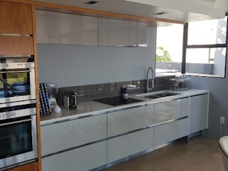 REMODELLING KITCHEN CABINETS by The European Carpenter Modern