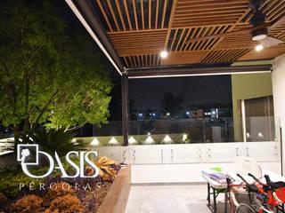 Oasis Pérgolas Minimalist balcony, veranda & terrace
