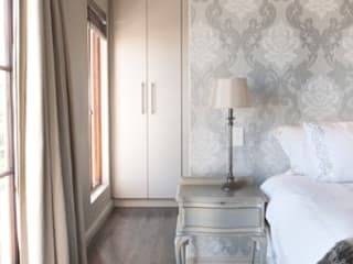 House Wood Somerset West Architect Classic style bedroom by Beverley Hui Architects Classic