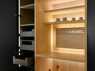 Cocina Grey Bayou Cocinas de estilo moderno de Aramobel all Inside,SL Moderno