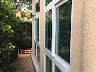 โรงงาน พัทยา กระจก ยูพีวีซี Pattaya UPVC Windows & Doors Ventanas de PVC Vidrio Blanco