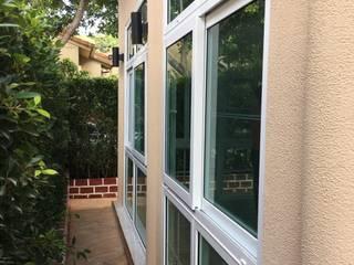 Oleh โรงงาน พัทยา กระจก ยูพีวีซี Pattaya UPVC Windows & Doors Mediteran