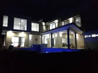 casa Residencial de C. A. arquitectos Moderno
