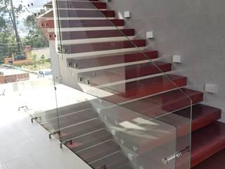 INGENIERIA Y DISEÑO EN CRISTAL, S.A. DE C.V. Treppe Glas Holznachbildung