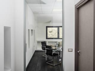 antonio felicetti architettura & interior design Bangunan Kantor Modern White