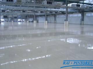Pavimentos industriales en Barcelona Espacios comerciales de estilo industrial de Rai Pintores - Pintores Industriales Industrial