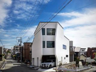 三角形の家 Triangle Haus 株式会社seki.design モダンな 家