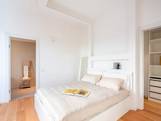 Appartamento di 70 mq a Cagliari, quartiere dei giudici Camera da letto minimalista di Facile Ristrutturare Minimalista