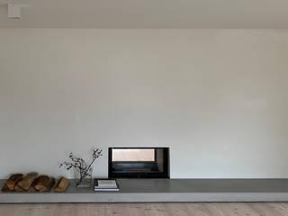 material raum form Salones de estilo moderno Hormigón