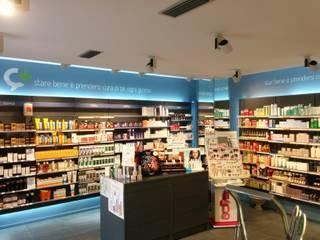 Farmacia Cossolo - Carignano (TO) Negozi & Locali commerciali moderni di LSD s.r.l. Moderno