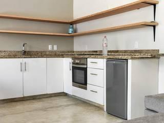 Remodelacion cocina Cocinas de estilo moderno de Carlos Alberto Moderno