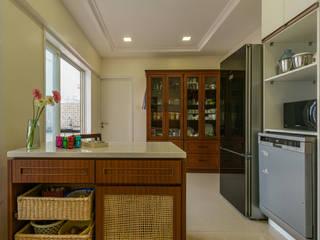 Corelate. Architecture | Interior Design Armários de cozinha Madeira Multicolor