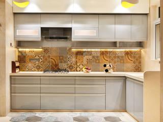 Corelate. Architecture | Interior Design Armários de cozinha Azulejo Bege