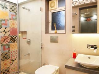 Corelate. Architecture | Interior Design Casas de banho modernas Vidro Multicolor