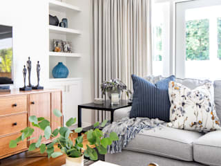 Casual classic remodel Amy Peltier Interior Design & Home Classic style living room