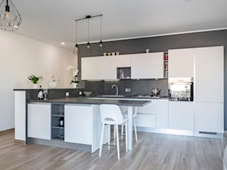 Modern Kitchen by Caleidoscopio Architettura & Design Modern