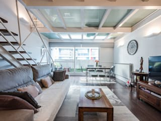 Arquiteknum Consultores SL Living room Iron/Steel White