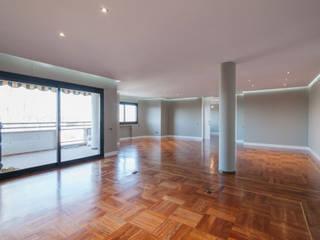 Arquiteknum Consultores SL Modern Living Room Grey
