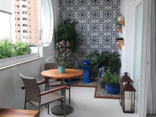 varanda azul paula galbi paisagismo Varandas, alpendres e terraços modernos Azulejo Azul