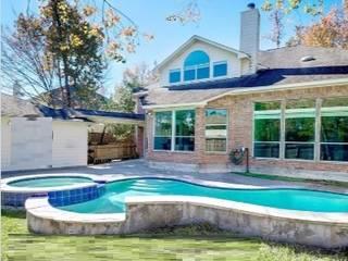 Invierte en Houston, Asegura tu capital y gana en USD Hoteles de estilo moderno de RoGer Real Estate Brokers Moderno