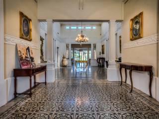 Article Joe Curmi 現代風玄關、走廊與階梯