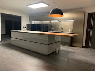 Contemporary 4 Bedroom Detached House, Burcot, Abingdon Abodde Luxury Homes Modern style kitchen