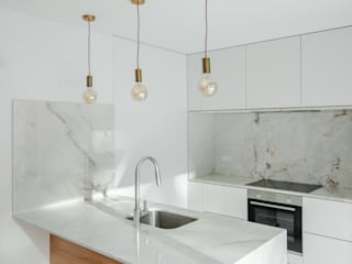 Tiago do Vale Arquitectos Minimalist kitchen Marble White