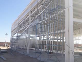ALUCO SOLUCIONES Modern office buildings Aluminium/Zinc White