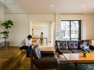 音風を感じる家 モダンデザインの リビング の murase mitsuru atelier モダン