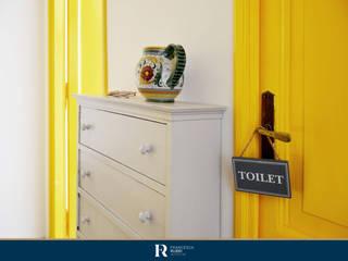 Restyling appartamento 45 mq – Santa Marinella Ingresso, Corridoio & Scale in stile classico di Francesca Rubbi Architecture Classico