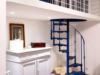 Restyling appartamento 45 mq – Santa Marinella Soggiorno classico di Francesca Rubbi Architecture Classico