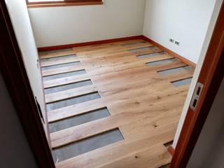 Piso de Ingenieria (habitacion) de Remodelaciones Santiago Eirl