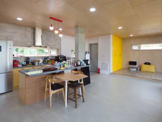 Modern kitchen by 위드하임 Modern