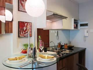 Desain Interior Apartemen Woodland Park Kalibata tipe 1 bedroom 40 m2 Arcadesain Dapur kecil Kayu Lapis White