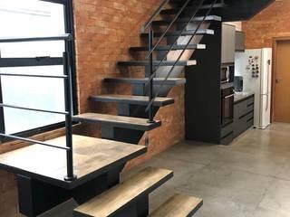 Residência Industrial por Jorge Machado Arquitetos Moderno