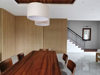 Eco Spring,Johor Bahru four in one design sdn bhd Modern dining room