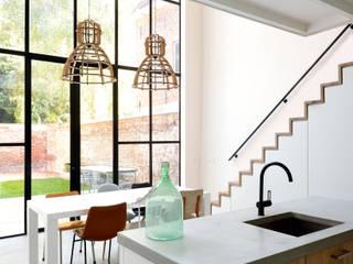 Comedores de estilo moderno de Studio Groen+Schild Moderno