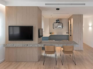 MANUEL GARCÍA ASOCIADOS Built-in kitchens Beige