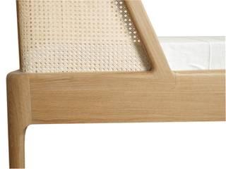 Bett mit einem Kopfteil aus Rattan Moderne Schlafzimmer von Holzarbeiten André Findeisen Modern