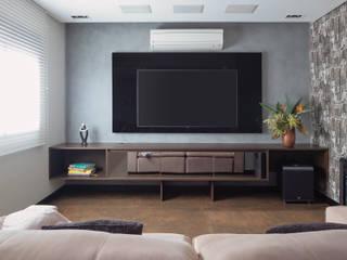 Projeto fotos - Apartamento em Moema - Arquiteto Gabriel Salas multimídia modernas por Sébastien Abramin Fotógrafo de arquitetura Moderno