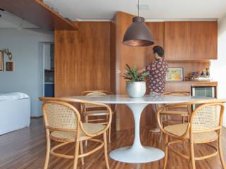Projeto fotografia apartamento com estilo rústico nem Pinheiros Salas de jantar rústicas por Sébastien Abramin Fotógrafo de arquitetura Rústico