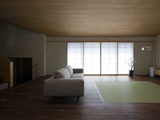 Eclectic style living room by キタウラ設計室 Eclectic