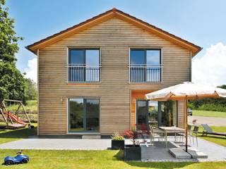 Vitalhaus Großsteinhausen von Regnauer Hausbau Landhaus