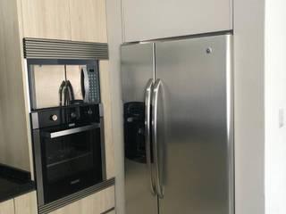 de 21 28 Cocinas y Closets Moderno