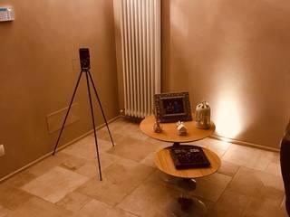 Progettazione e restyling interni casa e bagno - 03 Ingresso, Corridoio & Scale in stile classico di Ciesse Srl Classico