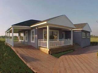 Frente Conkreto Wood Homes SRL Casas de madera Madera Gris