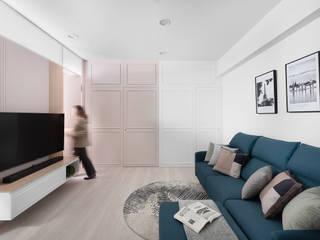 Livings de estilo moderno de 知域設計 Moderno